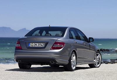 Mercedes-Benz-C-Class_2008-11.jpg